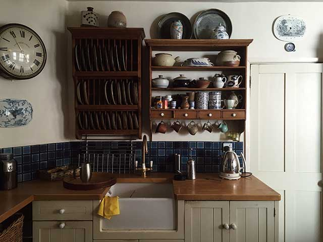 kitchen storage above sink